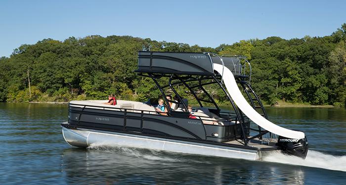 Solstice Rd 260 Recreational Top Deck With Fiberglass Water Slide 2018